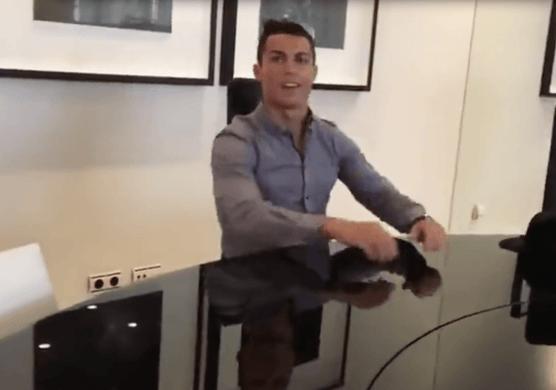 Cristiano Ronaldo fait visiter sa maison