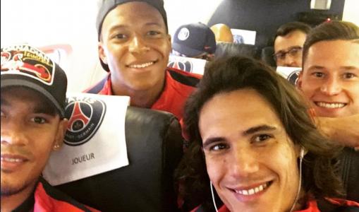 PSG : Mbappé heureux de jouer avec Neymar et Cavani