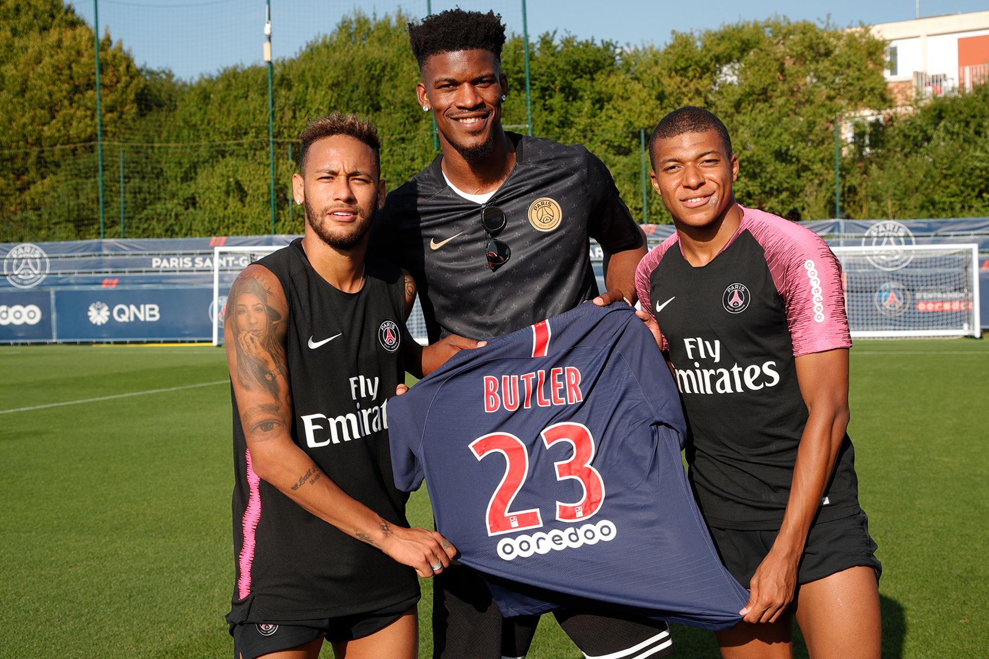 Jimmy Butler, Neymar et Mbappé (crédit photo PSG.Fr)